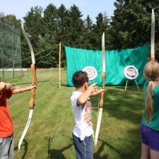 Erlebnispädagogik Bogenschießen Klassenfahrt